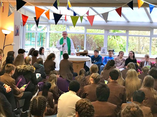 Salesian students from Spain and Italy visit Thornleigh