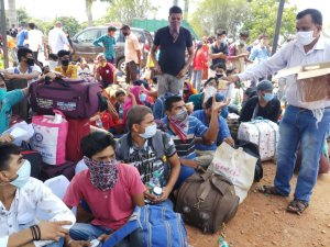 Salesians in Bangalore step up COVID-19 aid as cases rise