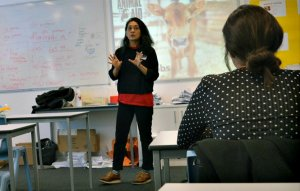 Former fashion editor helps students explore animal rights